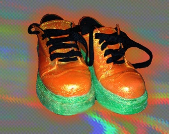 Orange & Green Dr Martens 5 US 3 UK Glow In the Dark Oxford Glitter HANDPAINTED Neon Bright Colorful Iridescent Hearts Vaporwave Shoes