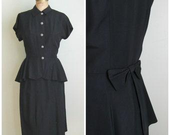 Vintage 1940's Rayon 2 Piece Suit// Fishtail//