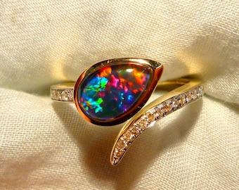 Opal Ring Ladies 14ct Yellow Gold & Diamond 9X6MM Teardrop Shape Triplet. item 100871.