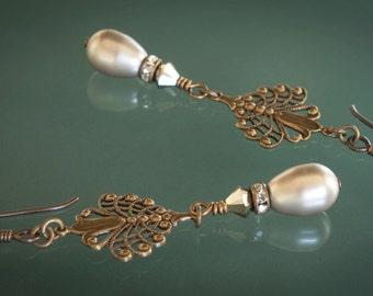 Platinum Pearls Swarovski Crystal Vintage Earrings