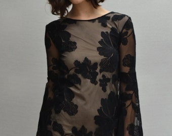 Hibiscus Mini Dress in Black/Nude