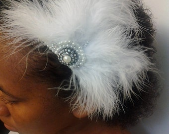 Bridal Feather Fascinator, Great Gatsby Fascinator, Bridal Feather Comb, Bridal Hair Accessories, Bridal Hair Clip, Bridal Feather Headpiece