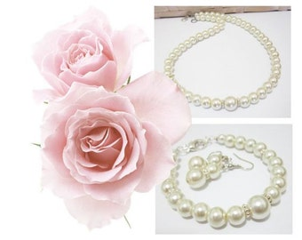 Bridesmaid Necklace Bracelet Earring Set, 3 Piece White Pearl Set or Ivory Pearl Set Bridal Pearl Set, Bridesmaids Jewelry Set, Bridal Gift