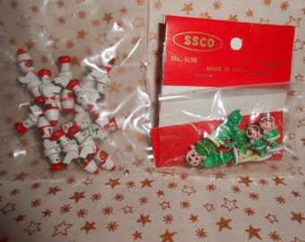 Two Old Store Stock Packs-Plastic Elves-Wooden Toy Soldiers-Mniaturesi