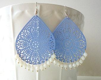 Periwinkle blue earrings, teardrop earrings, long earring, summer trend 2018, lace earrings, beach earrings, crystal earrings