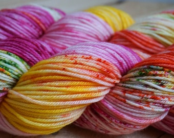two lips - hand dyed DK weight yarn - 4 ply - 100% SW merino