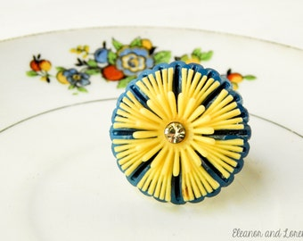 Upcycled flower ring / upcycled ring / repurposed ring / flower ring / vintage ring / floral ring / yellow flower ring / statement ring