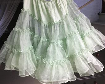 Nylon Petticoat Green 1950s circle skirt