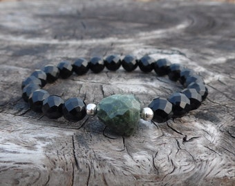 Black Onyx And Emerald Wrist Mala