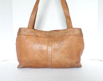 1970s Distressed Leather Bag, 70s Large Leather Purse, 70s camel brown leather shoulder bag