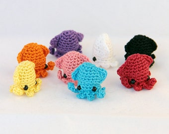 5 PIECE SET: Sqeedee (Solid Colors) - Miniature Squid Amigurumi Doll Plush with Optional Key Chain or Phone Charm Attachments