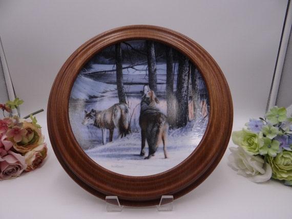 Van Hygan Wooden Plate Display Golden Oak Frame 4 Available
