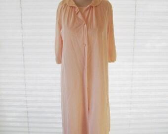 Pale pink nylon night gown and robe set, 60s Gossard nightgown, summer nightie, size medium to large, vintage sleepwear