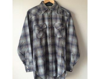 Vintage Pendleton men's medium Western style blue plaid shirt, 100% virgin wool