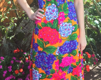 Vintage Hawaiian Dress, Size Small