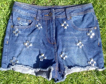 2017 SALE! Live wire high waisted studded denim shorts