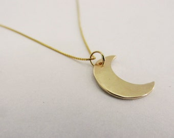 gold moon necklace, moon pendant, unique and delicate gold necklace, elegant pendant, moon jewelry, solid gold