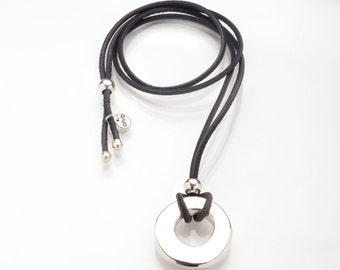 Necklace leather single piece