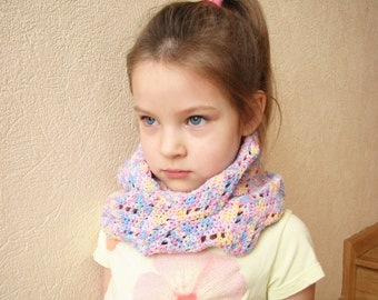 Crochet scarf Infinity Circle scarf Cowl Neck warmer Mobius scarf Twisted multicolored scarf Girls spring accessory