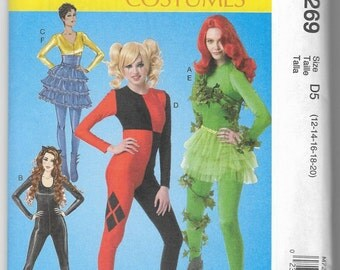 M7269 McCall's Batman Villainesses Costumes Sewing Pattern Sizes 12-20 Cos-Play Catwoman Poison Ivy Harley Quinn Fish Mooney Unitard