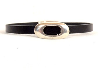 Color Choice - Leather Bracelet/Black Leather Bracelet/Silver Open Oval Slider/Leather Oval Bracelet/Silver Magnetic Clasp  (5F-510)