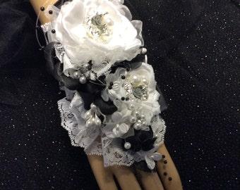 Fingertip to Wrist Corsage-Wedding Corsage-Bride's Corsage-Wedding Corsage-Black&White Fabric Corsage/Jewelry Corsage-Quinceanera Corsage