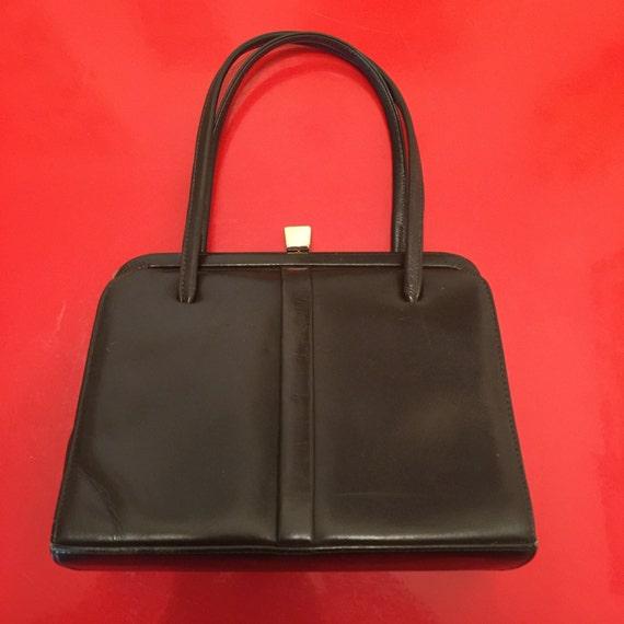 Vintage Mod brown leather handbag 60s 70s bag frame purse short handle bag queen mother Mad Men vintage