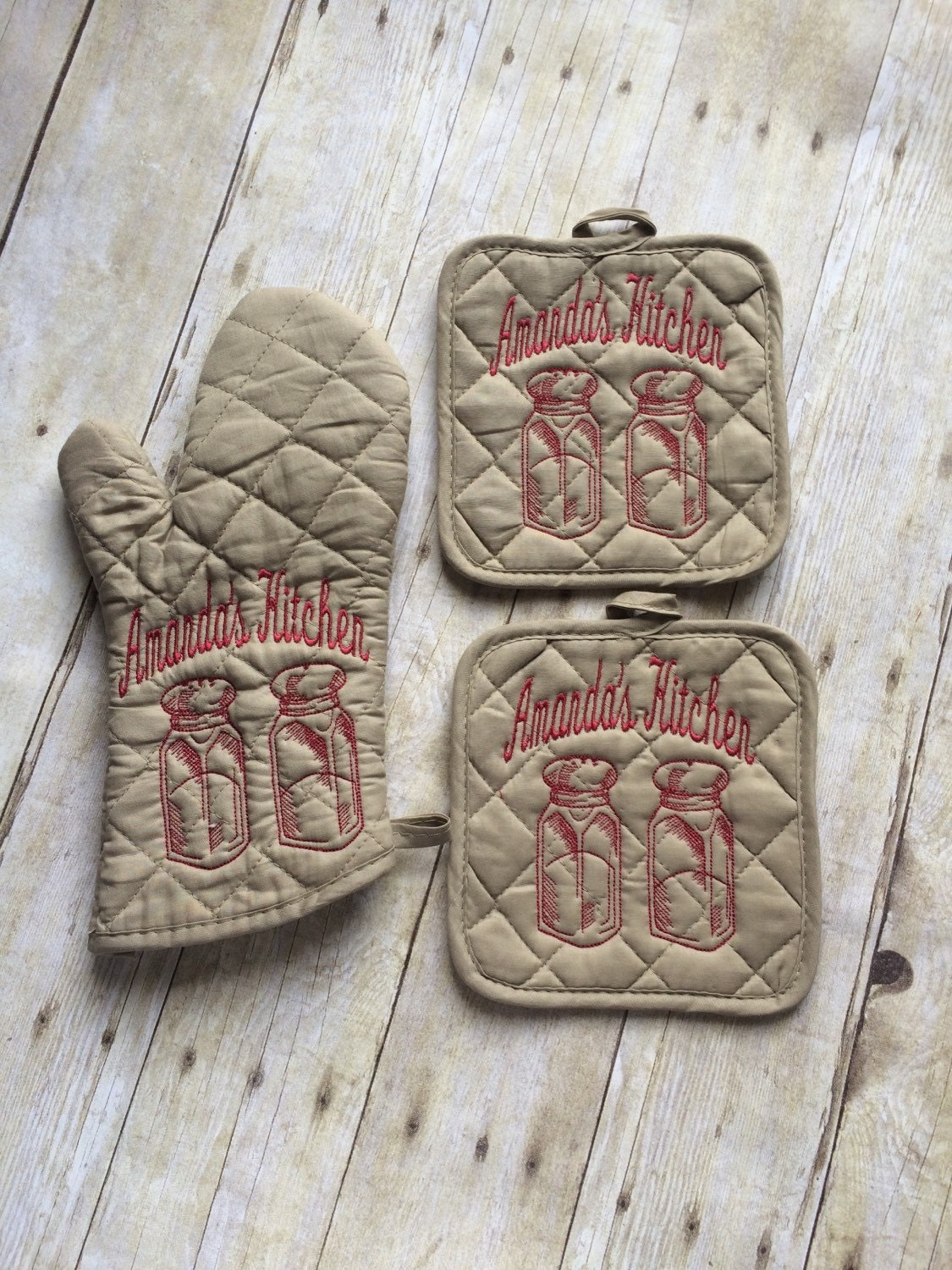 personalized oven mitt and pot holders salt and pepper