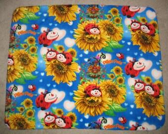 Pillow Pet Lady Bug Allover Print Fleece Throw Blanket