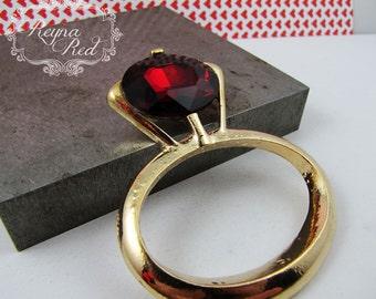 Red Rhinestone Ring Pendant, Valentines Day, romance, love, holiday pendant, jewelry making, beading supply, romance - reynaredsupplies