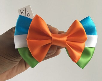 Mad Hatter Alice in Wonderland Disney hair bow