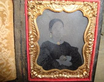 Antique Tin Type Photo Daguerreotype of Woman in case 1800s
