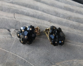 Black Daisy Clip Earrings