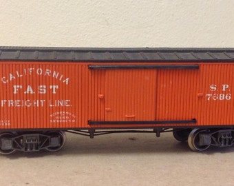 Vintage Rivarossi Italy California Fast Freight Line SP 7686 Train cargo car Southern Pacific SP HO 1/87