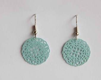 Middle ornament earrings in turquoise