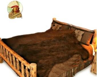 couverture de peau d 39 ours etsy. Black Bedroom Furniture Sets. Home Design Ideas