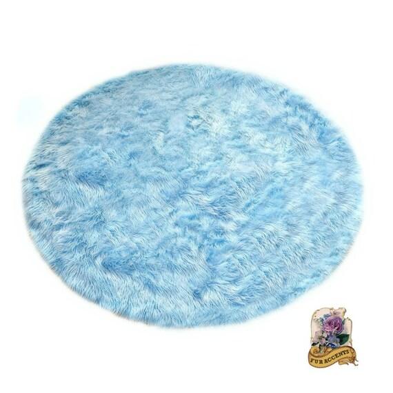 Plush Faux Sheepskin Pelt Rug / Round Shaggy Shag By