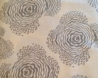 CLEARANCE Floating Buds In Gray Fabric Amy Butler Midwest Modern II Quilters Cotton Cream Gray Grey Fat Quarter