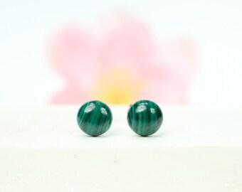 Dot earrings - malachite earrings - simple stud earrings - round green earrings - circle earrings - round dot earrings
