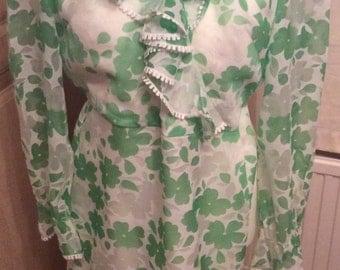 1960s green flower hippy dress, 1970s hippy dress, UK size 12, flower power dress, ruffle front dress, 1960s fancy dress outfit