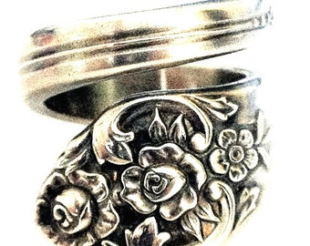 Spoon Ring circa 1950 - Spoon Jewelry - Silverware Jewelry - Silver Spoon Rings