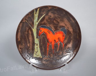 Ruscha West German Fat Lava  wallplate with horse