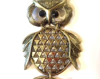 Vintage Owl Necklace, Owl Pendant, Owl Jewelry, Vintage Animal Jewelry