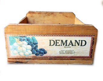 Vintage Fruit Crate / Crate Shelves / Old Storage Crate / Rustic Crate / Rustic Wedding Display / Old Wood Crate / Demand Brand