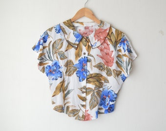 abstract floral peter pan collared cropped vintage blouse 70s 80s // S-M