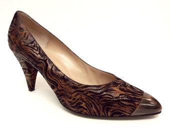 Vintage Bruno Magli Size 8 1/2 Black Brown Tiger Print Heels  Pumps or Shoes