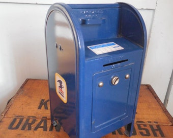 Vintage US Mail Post Office Mailbox Bank...Western Stamping Corp