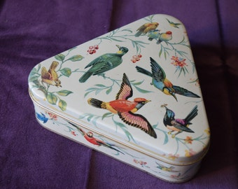 Vintage 1950s Tin Box French European Song Birds Triange Shaped Tin