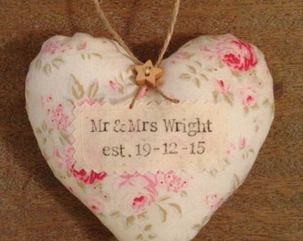 Personalised wedding heart, Mr & Mrs heart, Shabby Chic Wedding Decoration