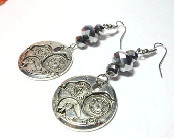 Earrings watch clockwork steampunk